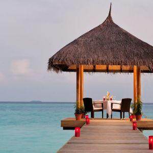 Velassaru Maldives-Overwater-pavilion-dining